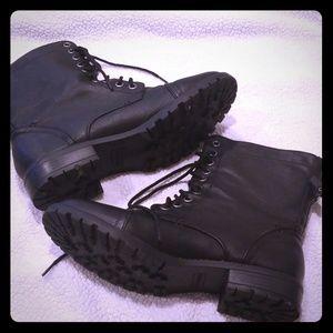 Cute black combat boots!